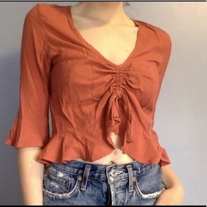 Tops - Flowy cropped top